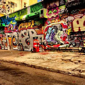 Graffiti Wallpaper 001 300x300