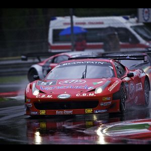 Racing Cars Wallpaper 040 300x300