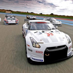 Racing Cars Wallpaper 052 300x300