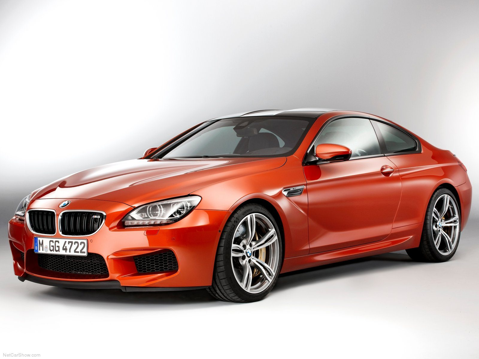 BMW M6 Wallpaper 020