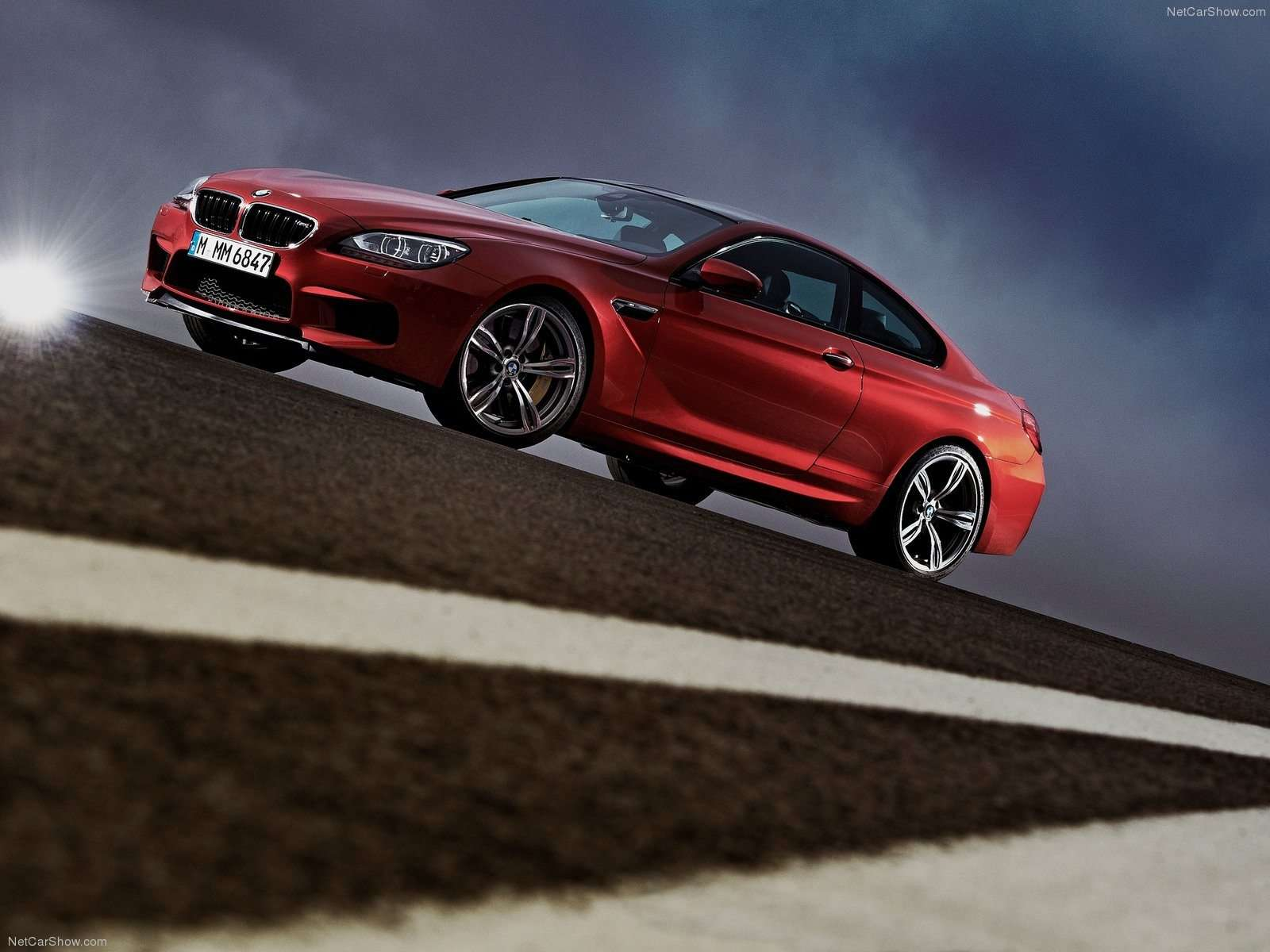 BMW M6 Wallpaper 037