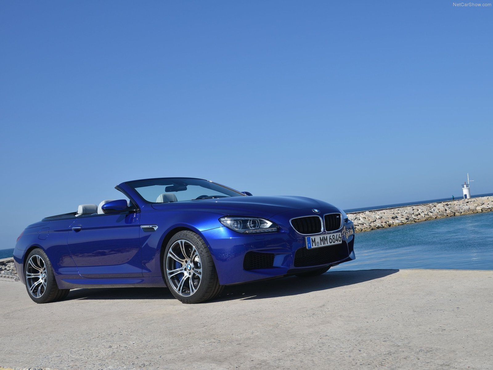 BMW M6 Wallpaper 051