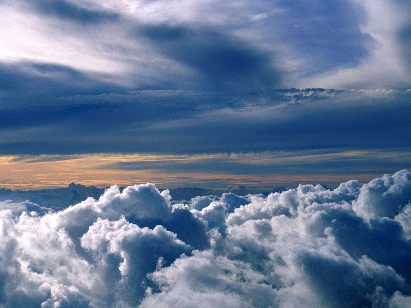 Clouds Wallpaper 022