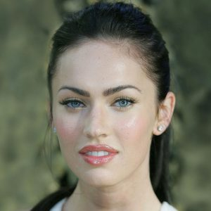 Megan Fox Wallpaper 056 300x300