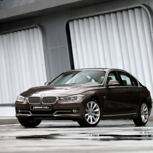 BMW 3 Series Wallpaper 030 300x300