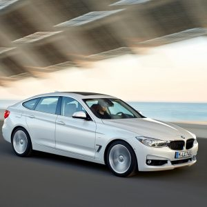 BMW 3-Series Wallpaper 040