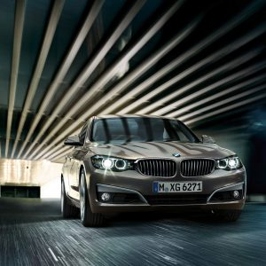 BMW 3-Series Wallpaper 042