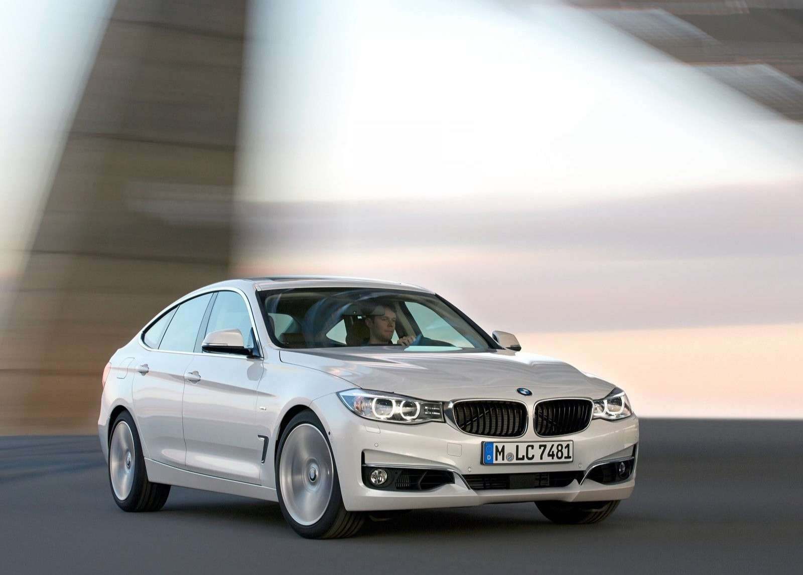 BMW 3 Series Wallpaper 046