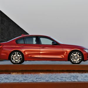 BMW 3-Series Wallpaper 051