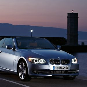 BMW 3-Series Wallpaper 053