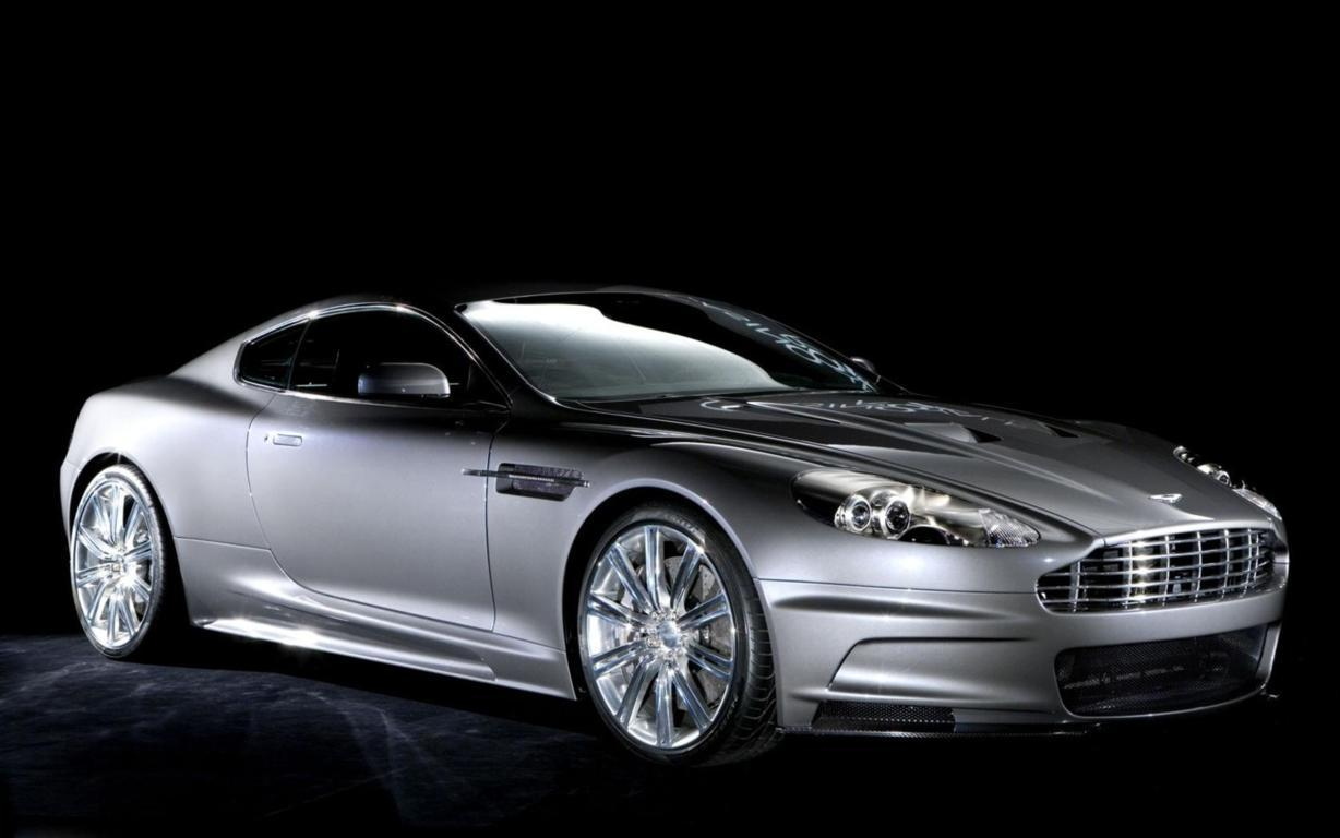 Aston Martin DB9 Wallpaper 27