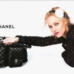 Chanel Wallpaper 11