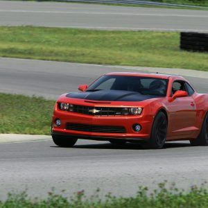 Chevrolet Camaro SS 1LE Wallpaper 6 300x300