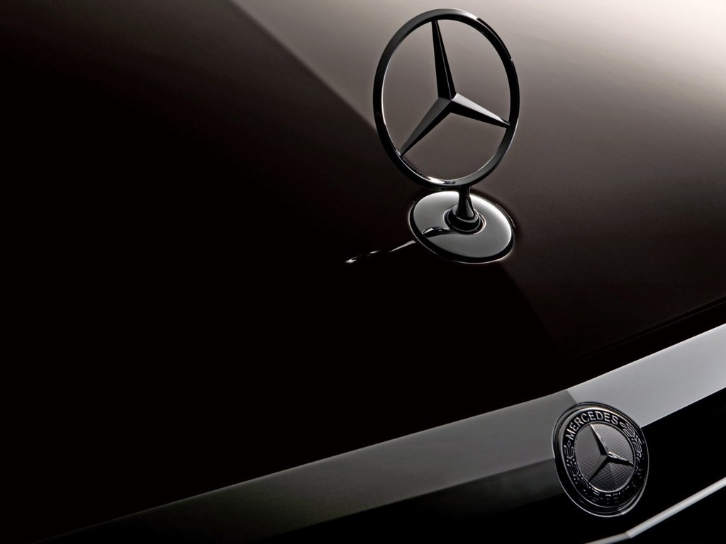 Mercedes Benz Logo Wallpaper 1
