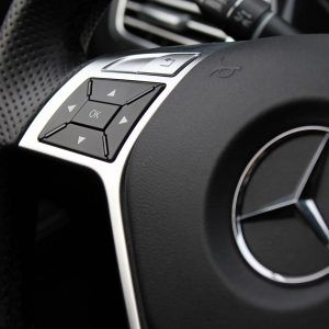 Mercedes Benz Logo Wallpaper 8 300x300