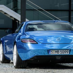 Mercedes-Benz SLS AMG Wallpaper 5
