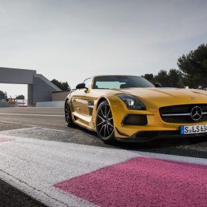 Mercedes-Benz SLS AMG Wallpaper 7