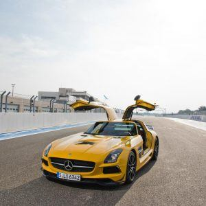 Mercedes Benz SLS AMG Wallpaper 8 300x300