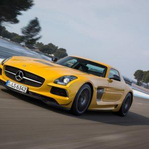 Mercedes-Benz SLS AMG Wallpaper 9