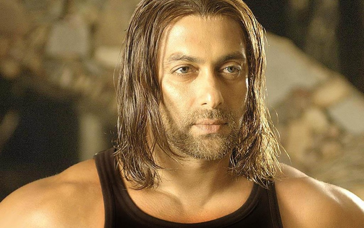 Salman Khan Bollywood Wallpaper 3