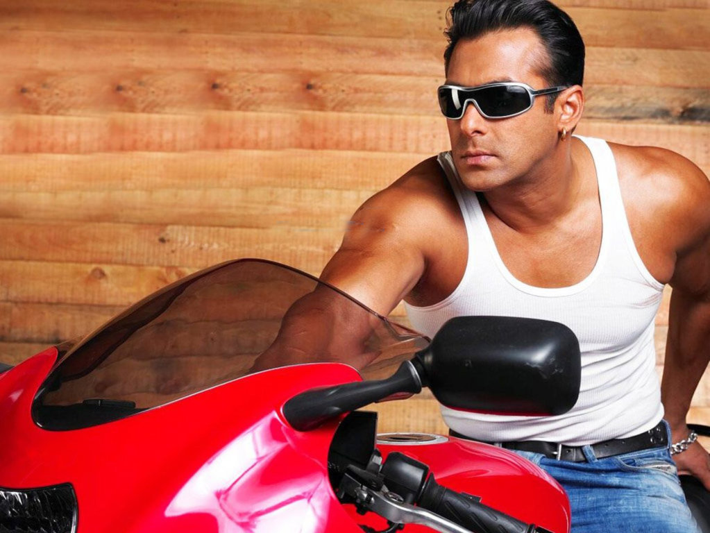 Salman Khan Bollywood Wallpaper 7