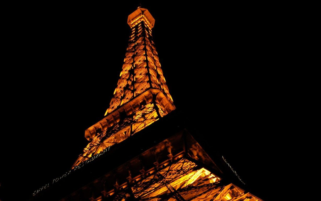 Eiffel Tower Paris Wallpaper 15