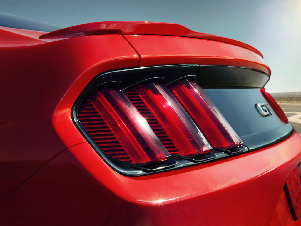 Ford Mustang 2015 Wallpaper 1