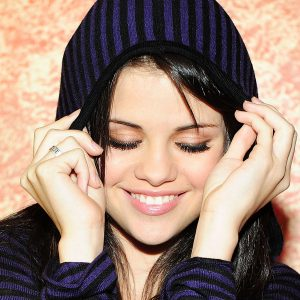Selena Gomez Wallpaper 49