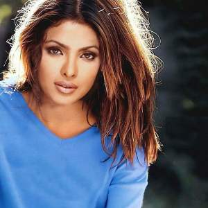 Priyanka Chopra Wallpaper 10