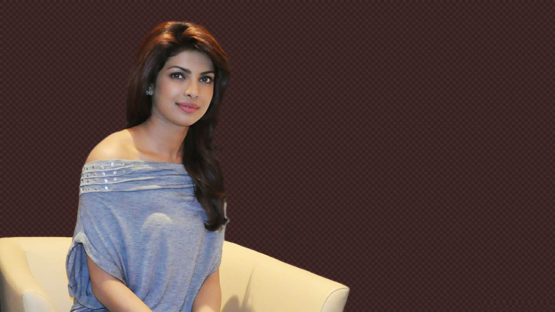 Priyanka Chopra Wallpaper 32