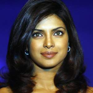 Priyanka Chopra Wallpaper 9