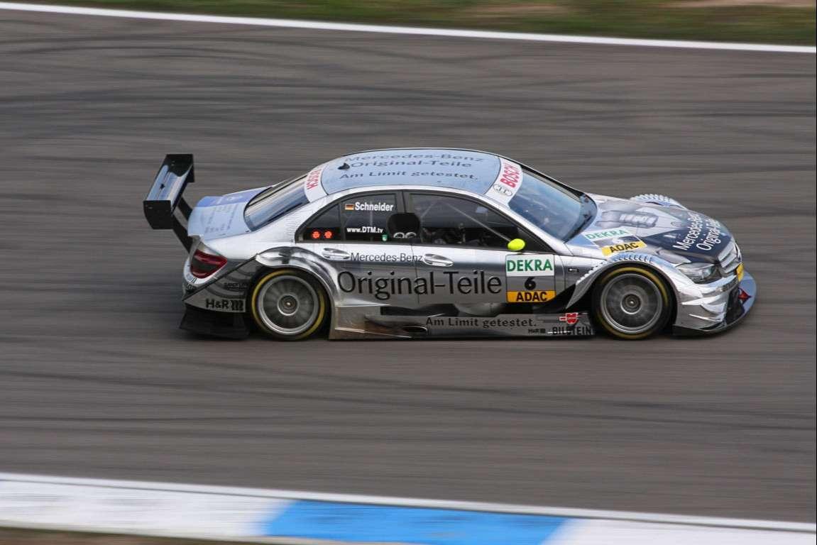 Racing Cars Wallpaper 002