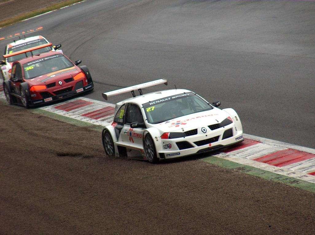 Racing Cars Wallpaper 015