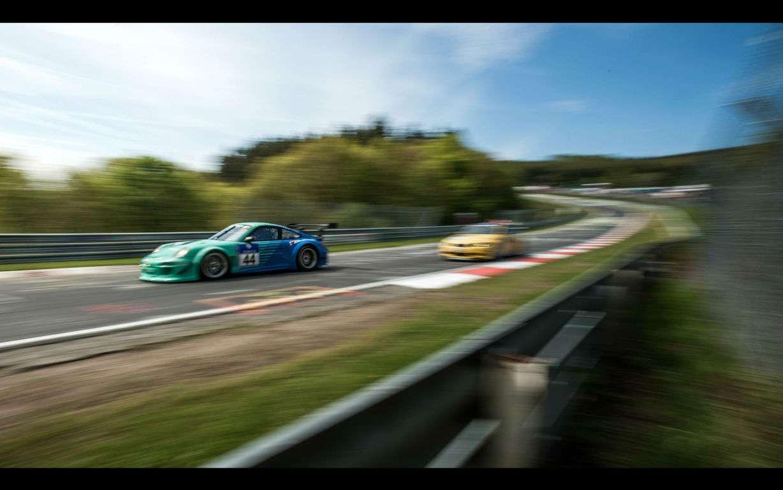 Racing Cars Wallpaper 036