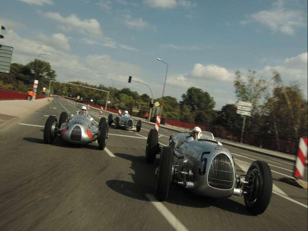 Racing Cars Wallpaper 049
