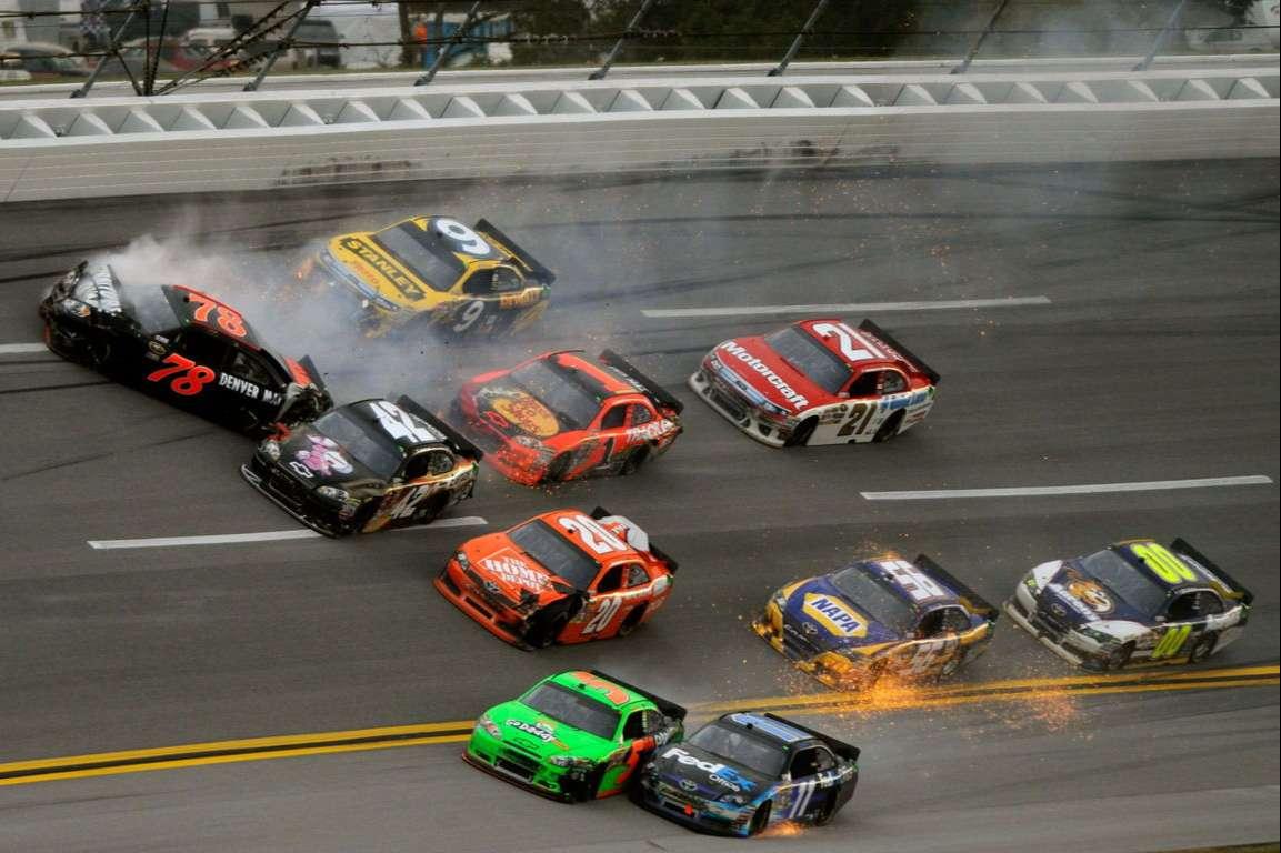 Racing Cars Wallpaper 077