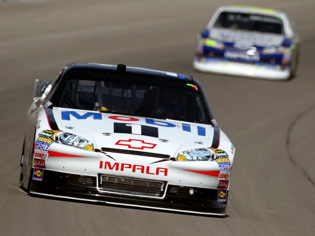 Racing Cars Wallpaper 085