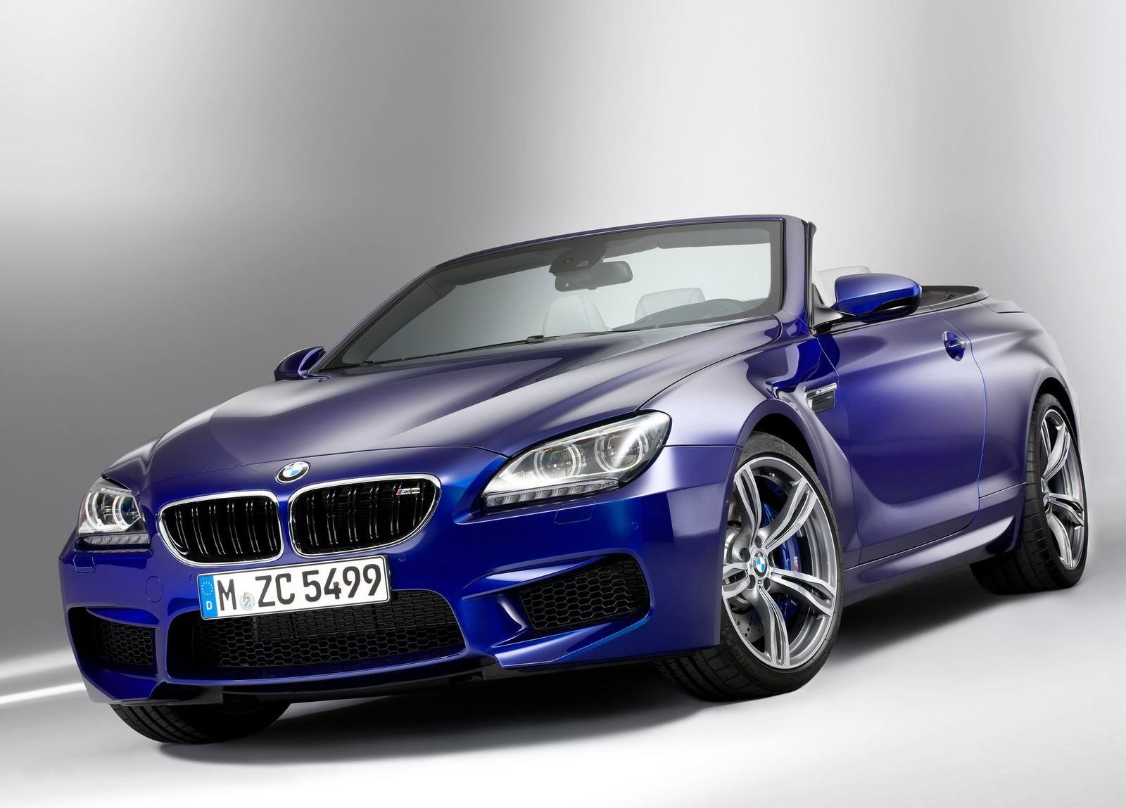 BMW M6 Wallpaper 042