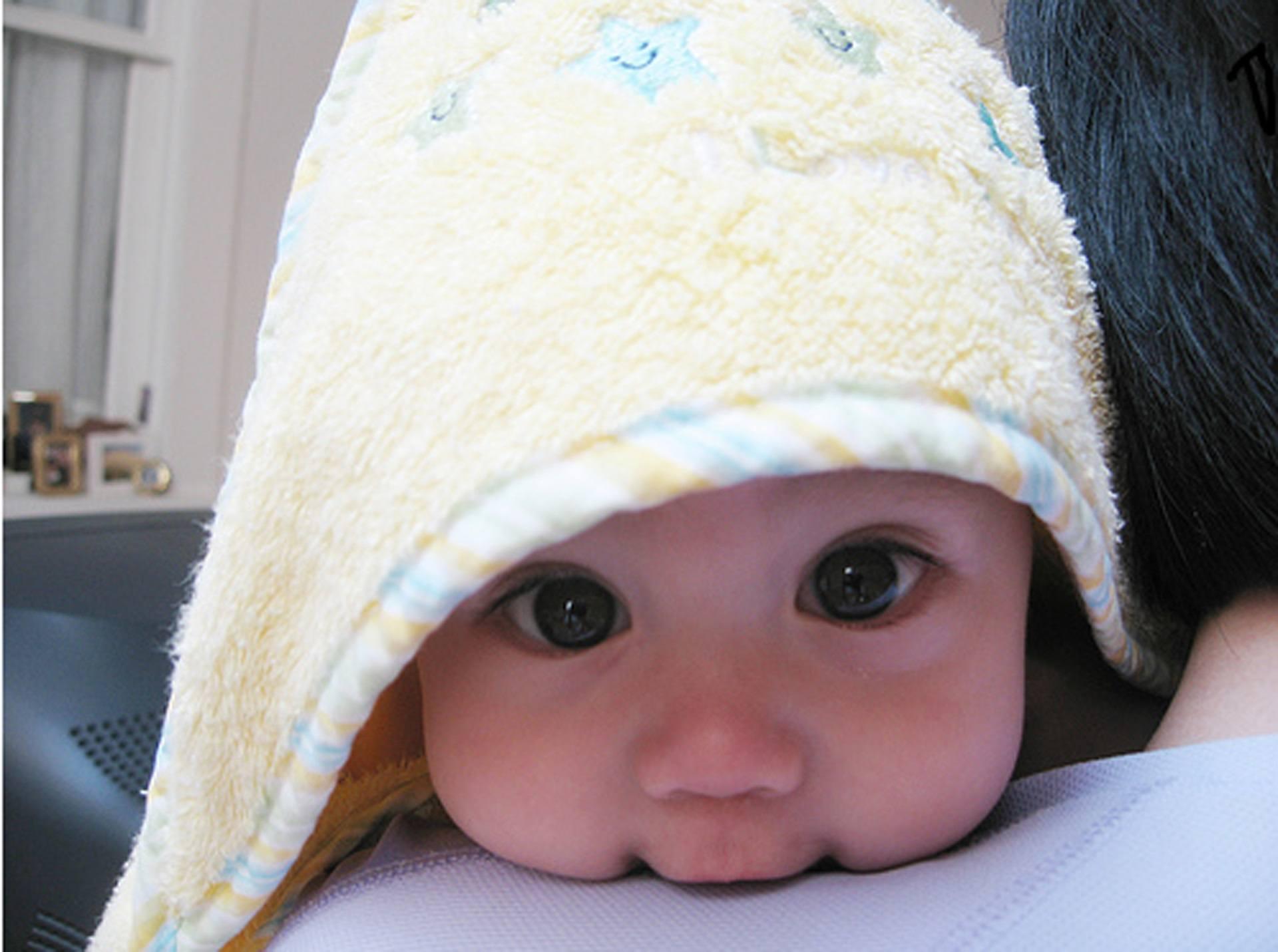 Baby Wallpaper 010