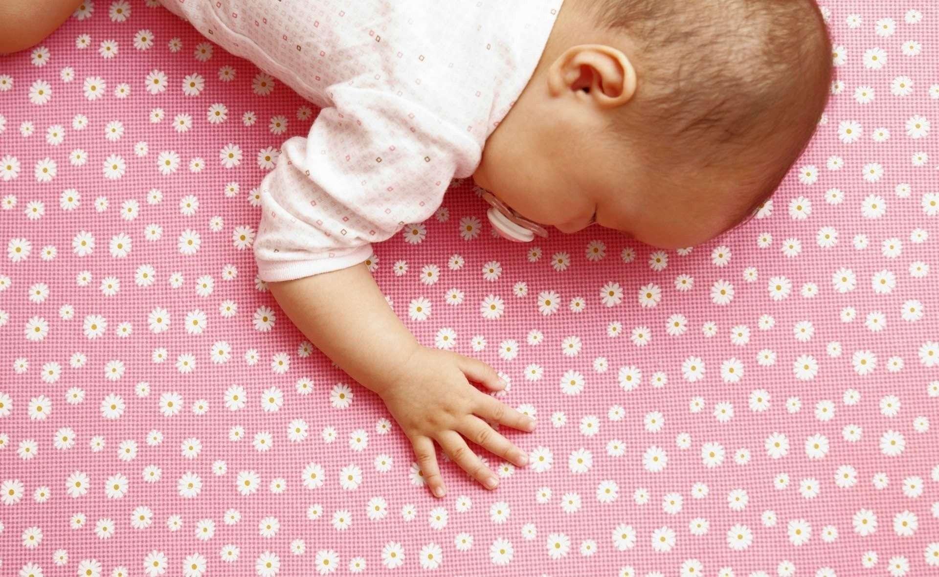 Baby Wallpaper 018