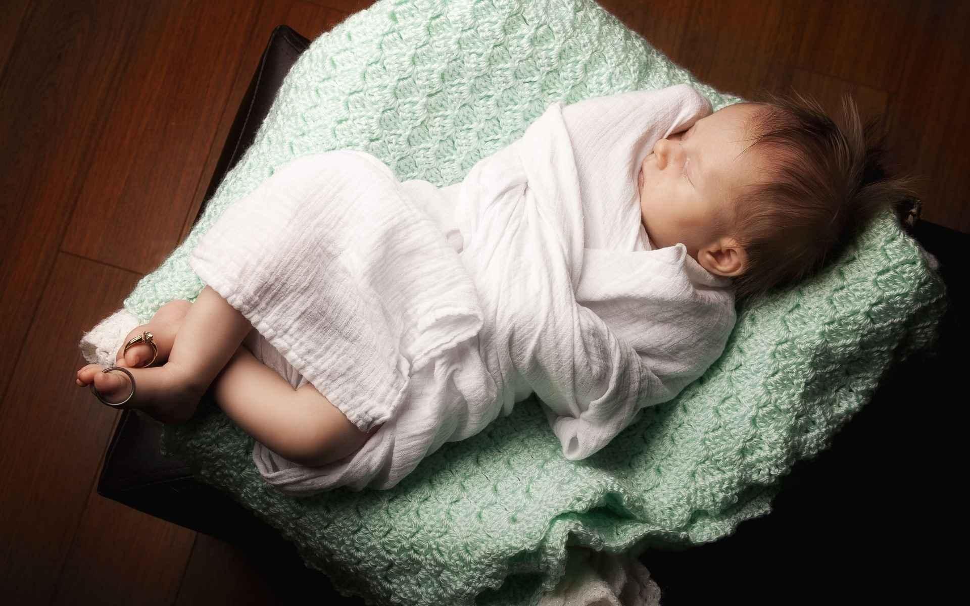 Baby Wallpaper 019