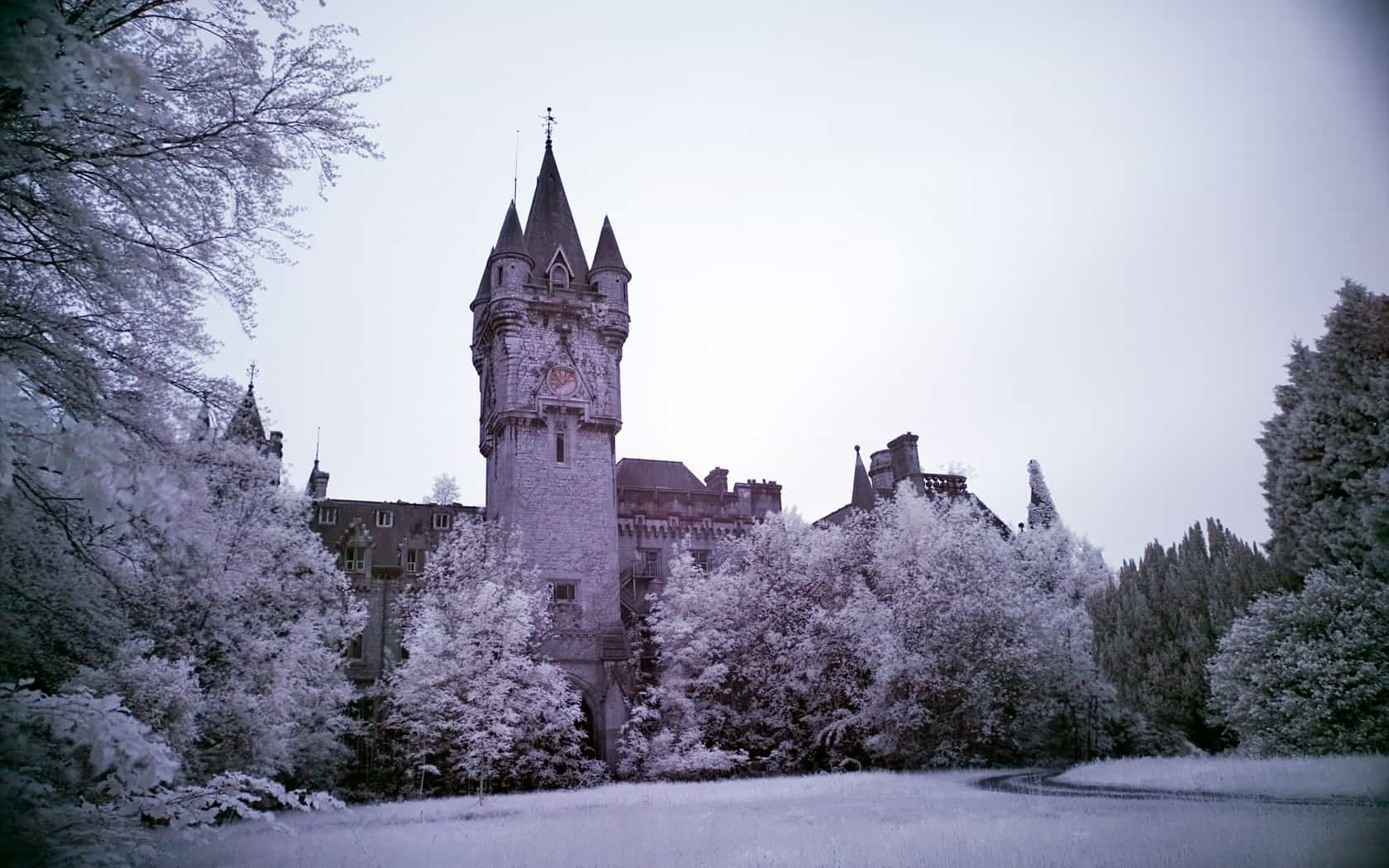 Castle Wallpaper 011