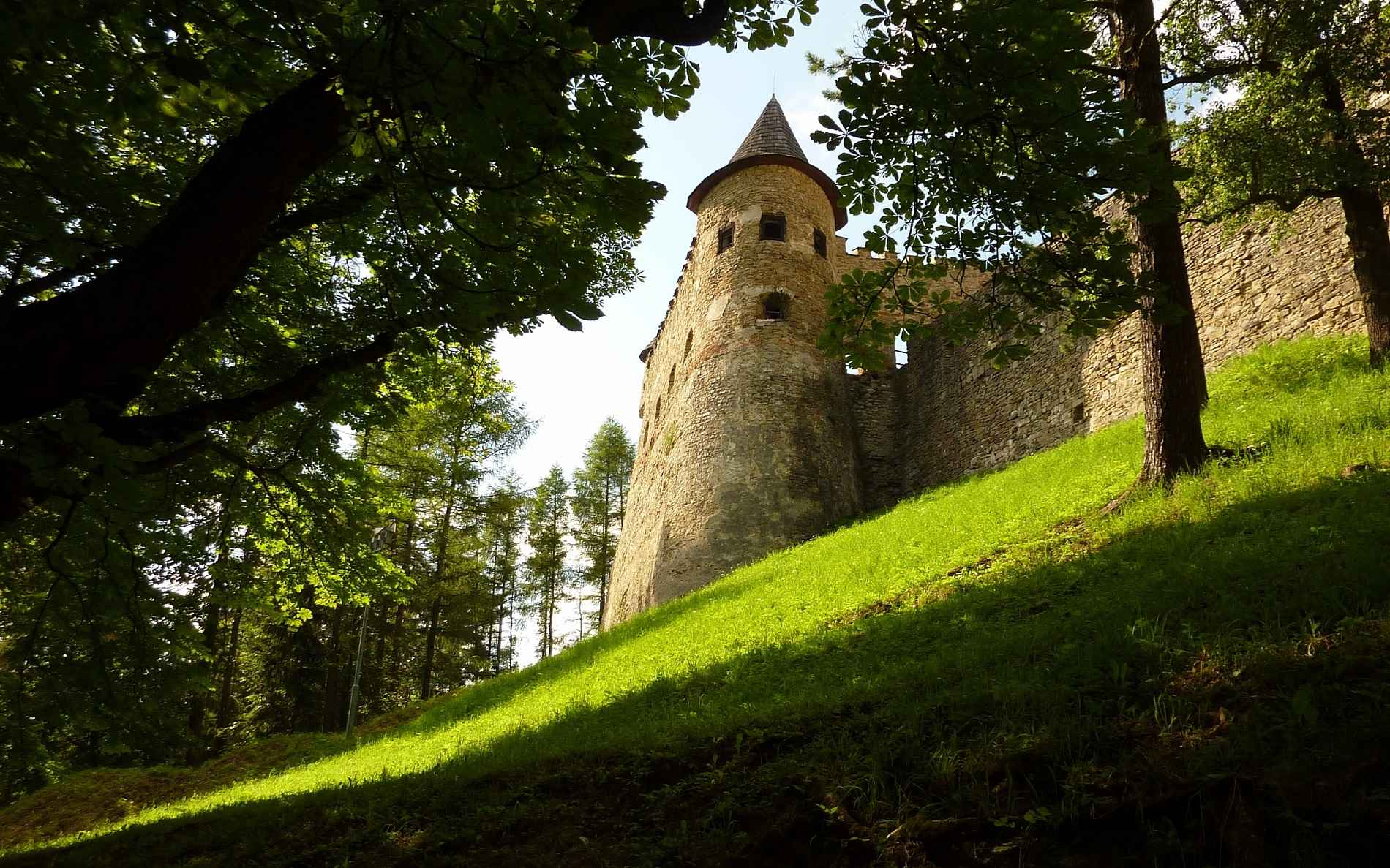 Castle Wallpaper 051