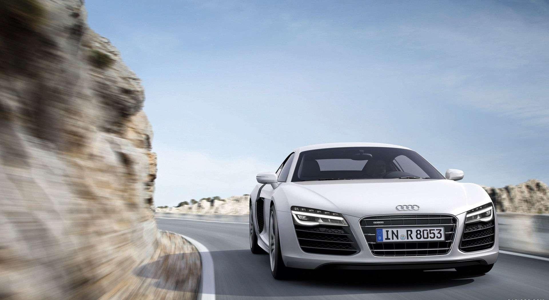 Audi R8 Wallpaper 048