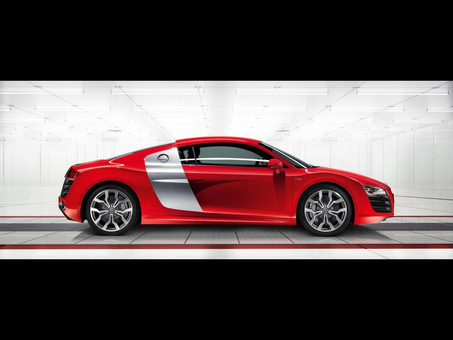 Audi R8 Wallpaper 054