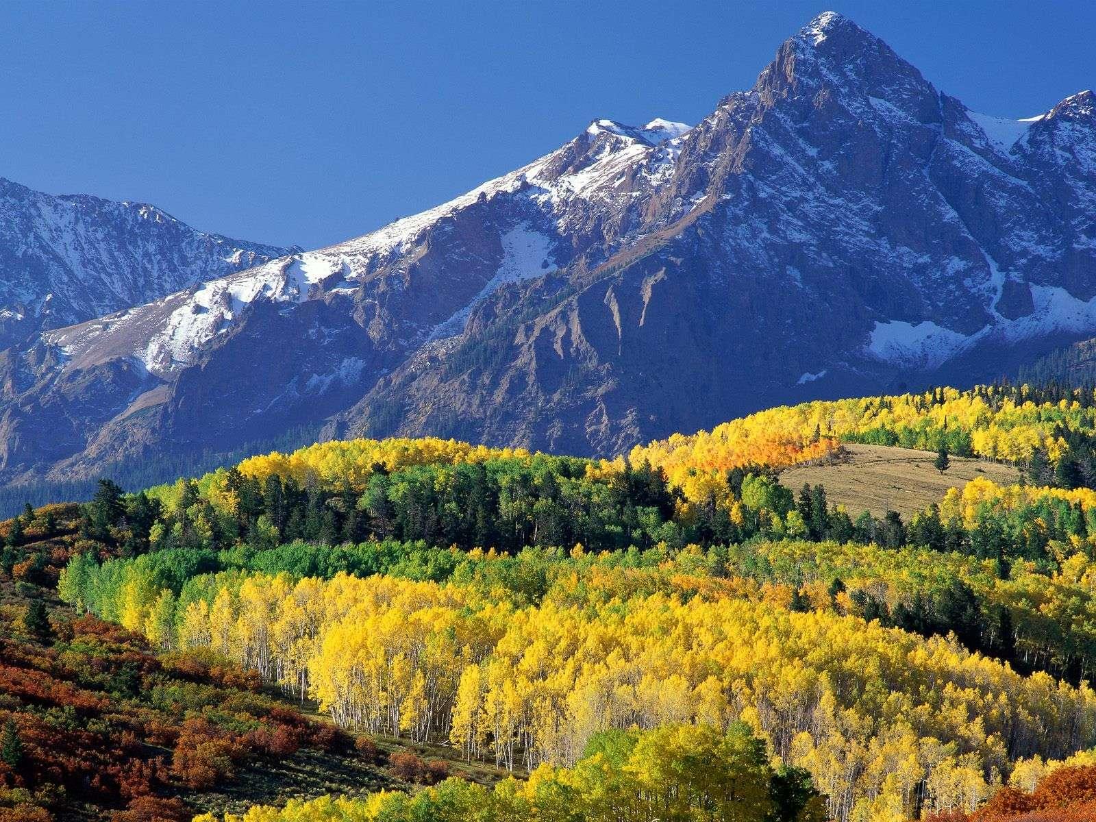 Mountain Wallpaper 034