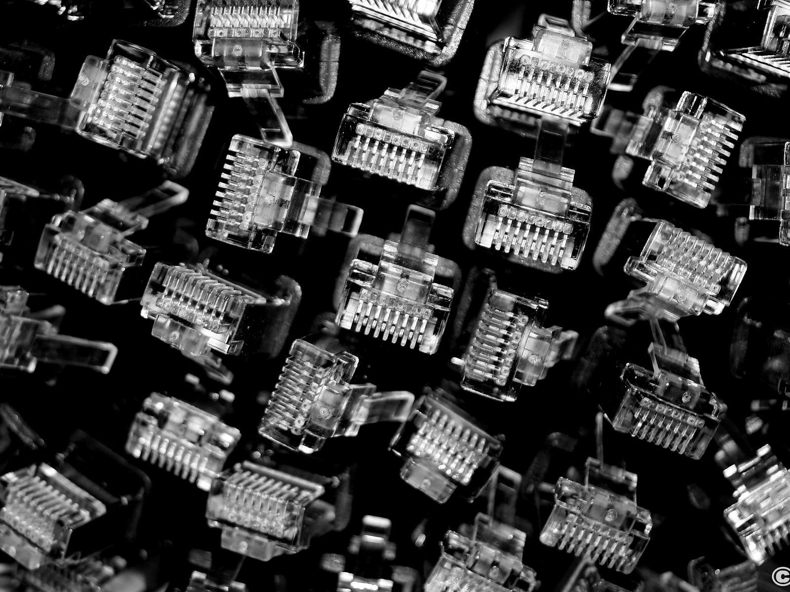Technology Hardware Wallpaper 043