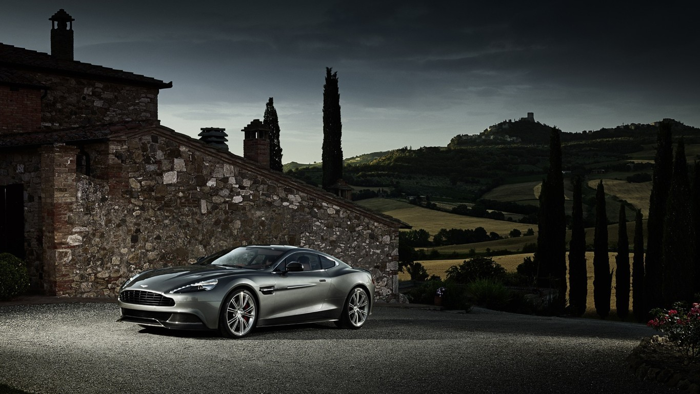 Aston Martin Vanquish Wallpaper 3