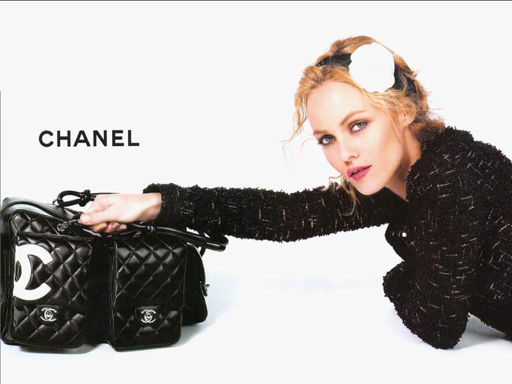 Chanel Wallpaper 11