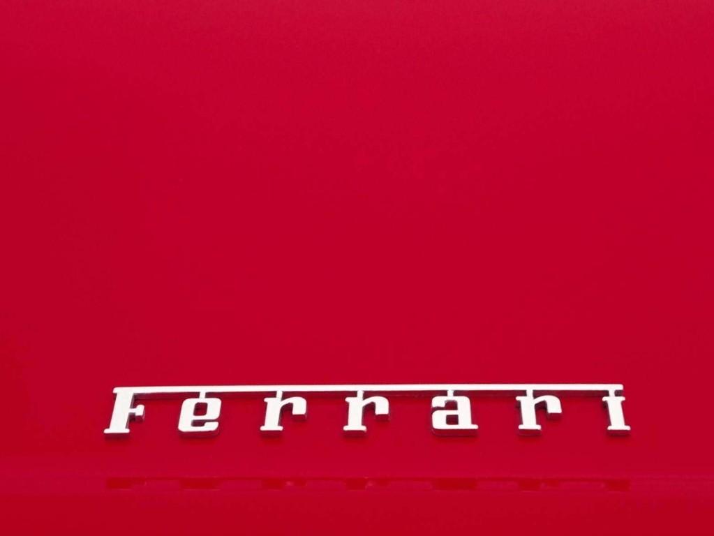 Ferrari Logo Wallpaper 7